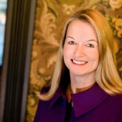Jill Avery Headshot